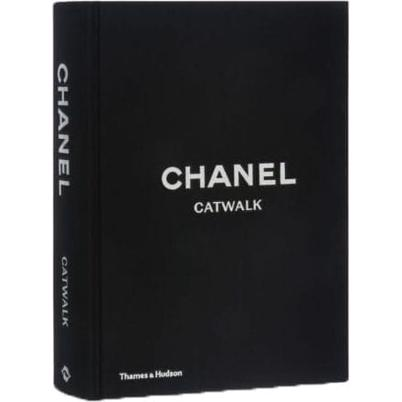 New Mags Fashion Book Chanel Catwalk